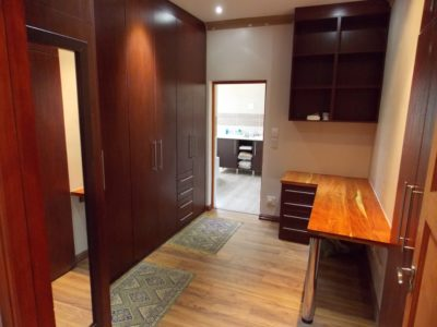 Built-in-cupboards-17-resize